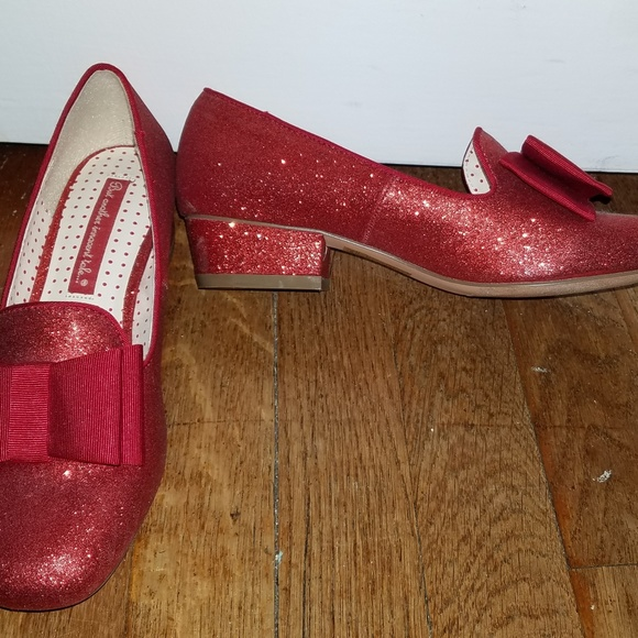 bf538008b7263 Modcloth B.A.I.T. Red Glitter Heels with bow
